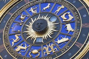Astrology 1 | Top 10 Tarot Card Reader In Mumbai